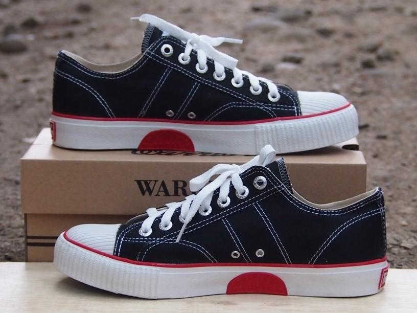 Sepatu Warrior